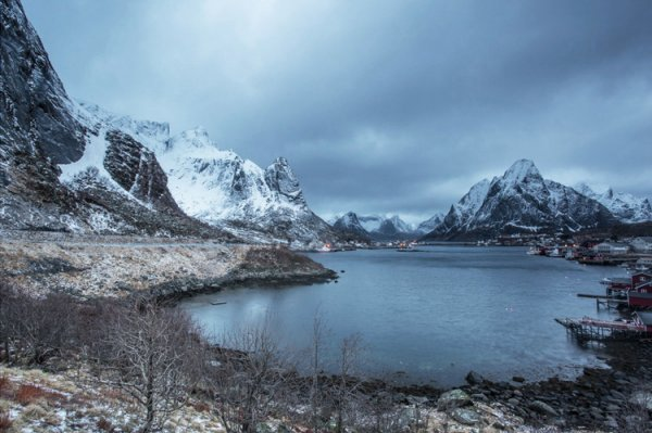 18.   Reine,  Lofoten Is