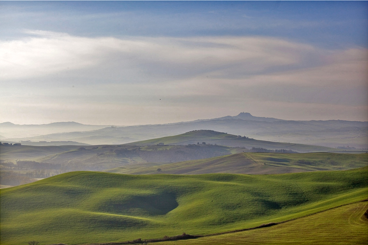 26.  South from San Quirico d'Orcia,  Tuscany