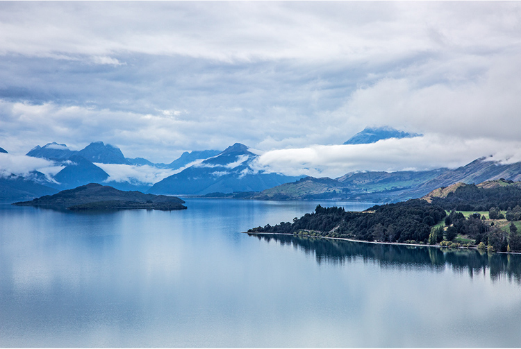 39.  Road to Glenorchy 1