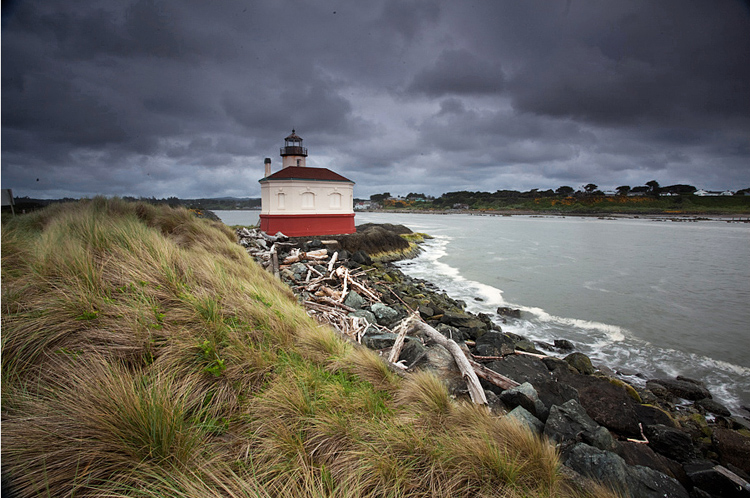 17   The Coquille Light, Bandon, Oregon